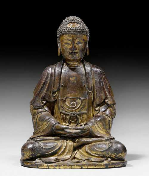 A FINE DRY LACQUER FIGURE OF A SEATED BUDDHA.