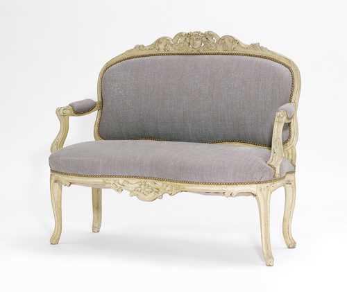 kleines gefasstes sofa louis xv 18 jh 114x60x99 cm. Black Bedroom Furniture Sets. Home Design Ideas
