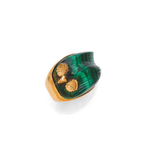 MALACHITE AND GOLD RING.