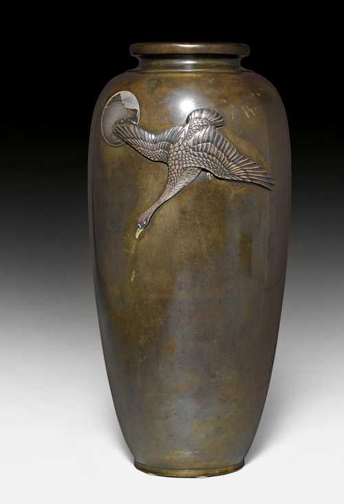 A BRONZE VASE DECORATED WITH A GOOSE IN THE MOONLIGHT.