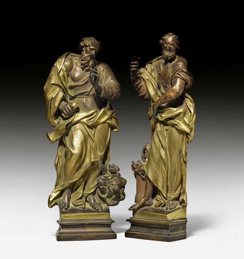 PAIR OF FIGURES (EVANGELISTS?) IN 3/4 RELIEF,