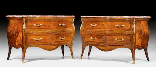 PAIR OF COMMODES,