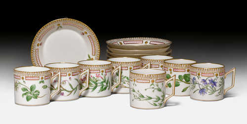 FLORA DANICA, 8 COFFEE CUPS AND SAUCERS,