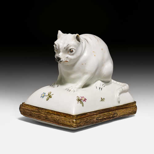 RARE PORCELAIN BOX,