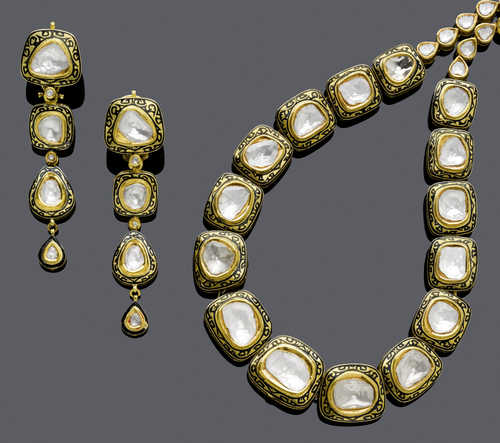 ENAMEL, DIAMOND AND GOLD NECKLACE AND EARRINGS, India.