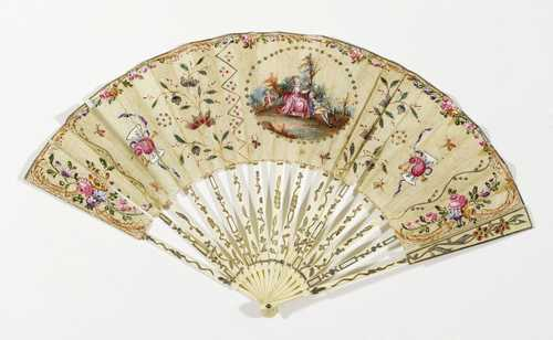 LOT OF ROCOCO FOLDING FANS,