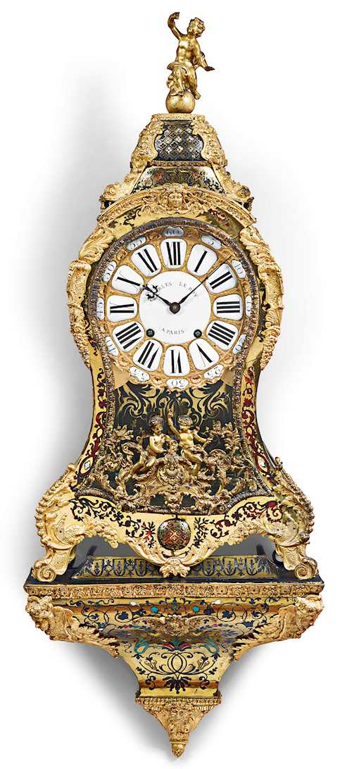 BOULLE CLOCK ON PLINTH,