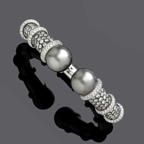 PEARL AND DIAMOND BANGLE.