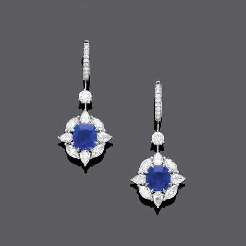 KASHMIR SAPPHIRE AND DIAMOND EARRINGS.