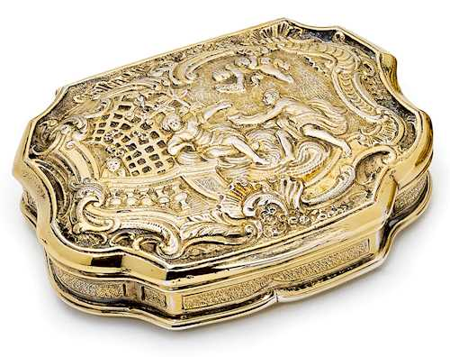 SILVER-GILT TABATIERE,