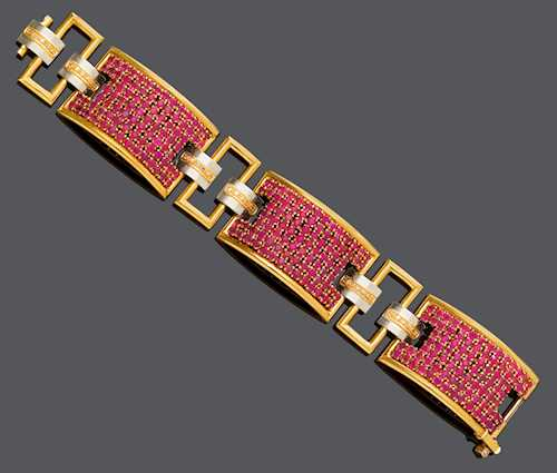 RUBY AND DIAMOND BRACELET.