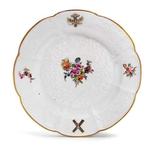 A PLATE FROM THE 'ST. ANDREAS' SERVICE FOR TSARINA CATHERINE OF RUSSIA