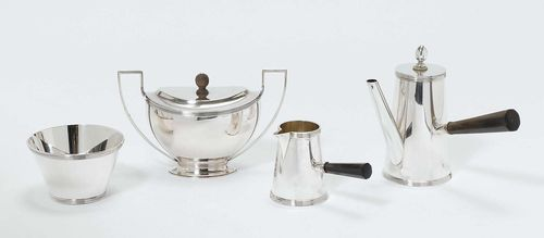 COFFEE SET WITH ASSOCIATED SUGAR BOWL, Amsterdam, 1927. Marked A. Bonebakker & Zoon. Plain, conical form with profiled edges. Associated sugar bowl with year stamp Q = 1951. Total weight 850 g.