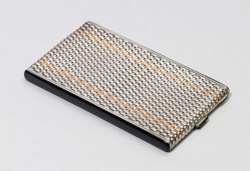 CIGARETTE CASE,marked, 20th century. Rectangular case, the walls of braided silver and 14 ct gold bands. Ca. 13 x 8 cm.