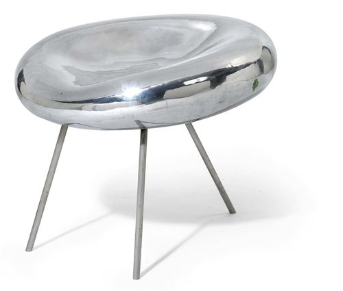 "KAZUYO SEJIMA & RYUE NISHIZAWA (SANAA) (1956) (1966) STOOL, model ""Drop Chair"", designed in 2005 for 21st Century Museum of Contemporary Art in Kanazawa Aluminium and tubular steel. H 50 cm. D 58 cm."
