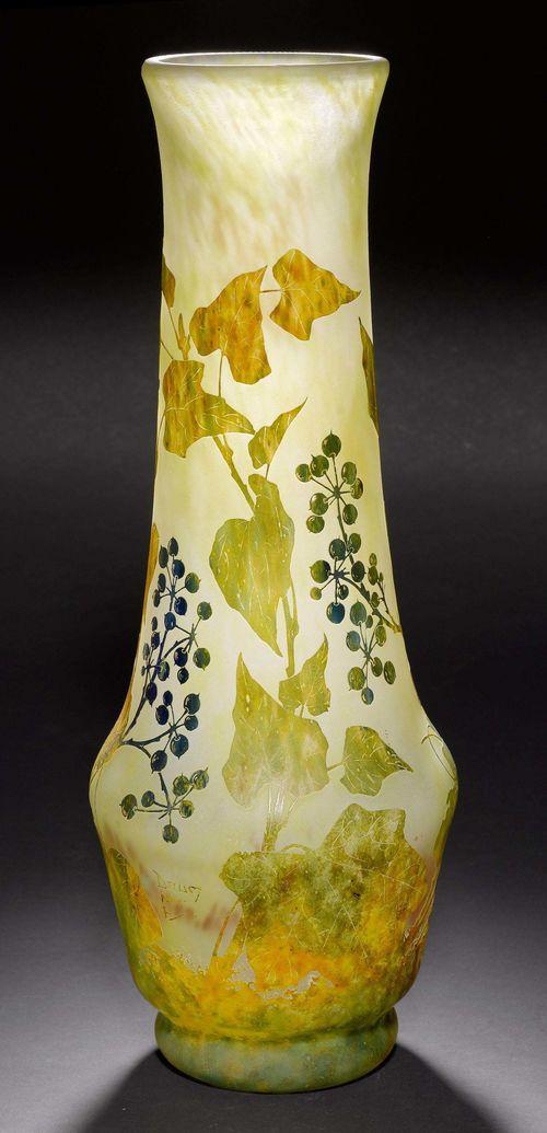 Daum Nancy Vase Um 1900 Hellgrnes Glas Berfangen Und Get