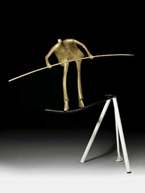 METZLER, KURT LAURENZ (born in Balgach 1941, lives in Zurich) Acrobat. 1970. Bronze with gold-coloured patina, also plinth construction in welded iron. Monogrammed and dated on foot: KLM 70. Height of figure 82 cm, mounted on plinth 176 cm. rod 157 cm lang.