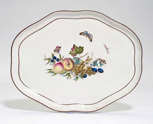 OVAL FAIENCE PLATTER,