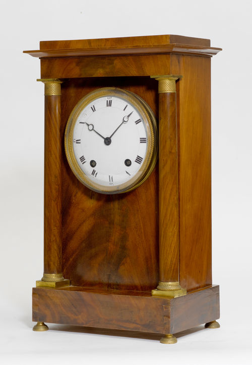 LARGE MANTEL CLOCK,