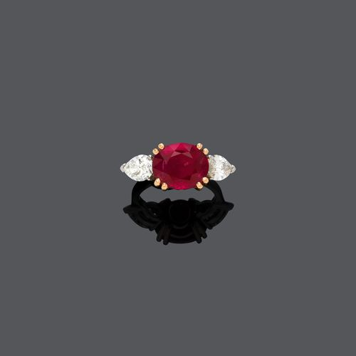 BURMA RUBY AND DIAMOND RING.