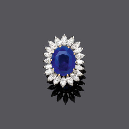 CEYLON SAPPHIRE AND DIAMOND RING, France, ca. 1960.
