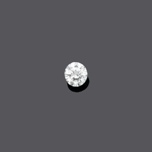 UNMOUNTED DIAMOND.