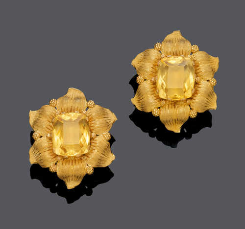 CITRINE AND GOLD FLOWER EARCLIPS, BY BUCCELLATI.