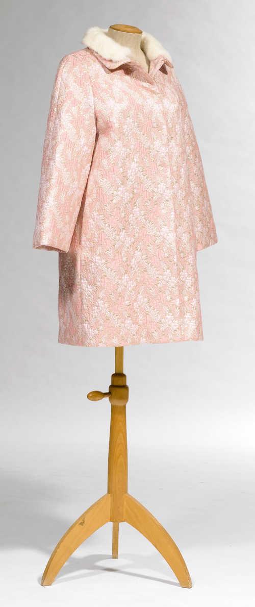 Prada mantel rosa
