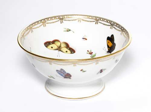 BOWL, DECORATED WITH BUTTERFLIES,