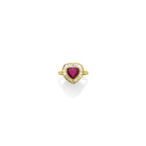 RUBY AND DIAMOND RING.