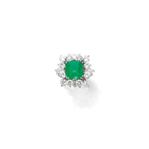 EMERALD DOUBLET AND DIAMOND RING, ca. 1950.