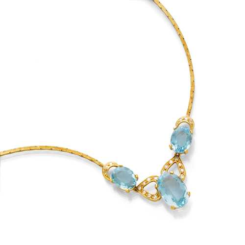 AQUAMARINE AND DIAMOND NECKLACE, ca. 1970.