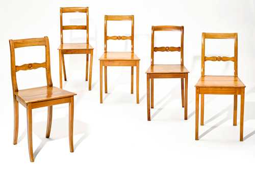 LOT OF 5 SIMILAR CHAIRS,