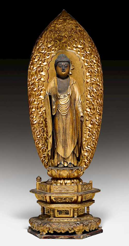 A LACQUERED WOOD FIGURE OF AMIDA NYORAI.