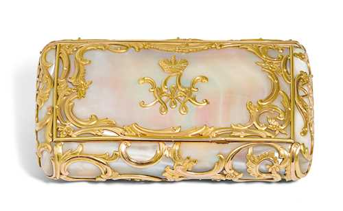 MOTHER-OF-PEARL AND GOLD CIGARETTE CASE, BY FABERGÉ, St. Petersburg, ca. 1890.