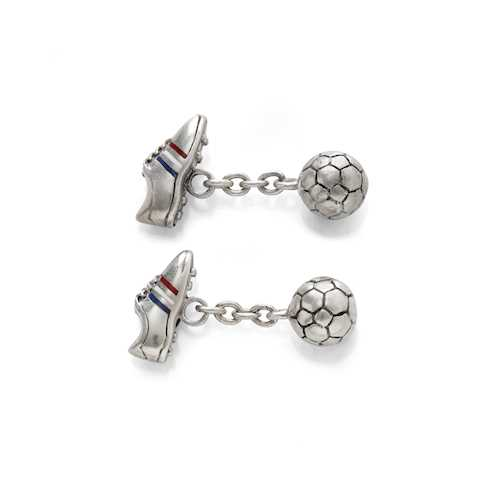 ENAMEL AND SILVER CUFFLINKS.