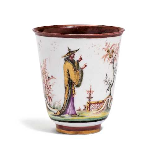 "BEAKER WITH ""HAUSMALER"" CHINOISERIE DECORATION"