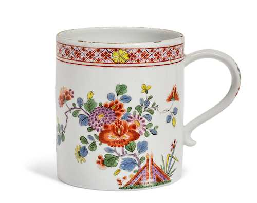 BEAKER WITH KAKIEMON DECORATION