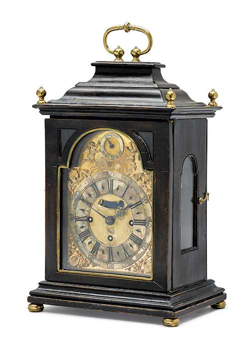 SMALL BRACKET CLOCK WITH DATE AND 1/4-HOUR STRIKING MECHANISM