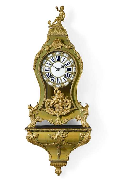 GREEN HORN CLOCK with plinth,