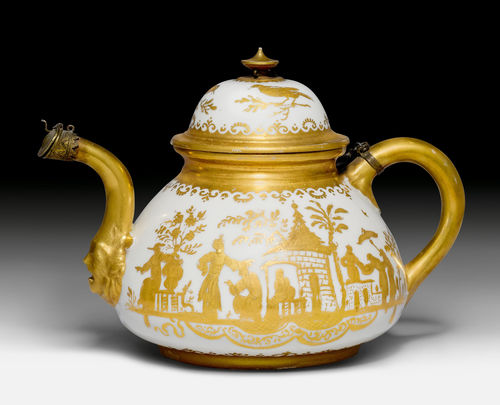 TEA POT WITH AUGSBURG GOLD CHINESE FIGURES.