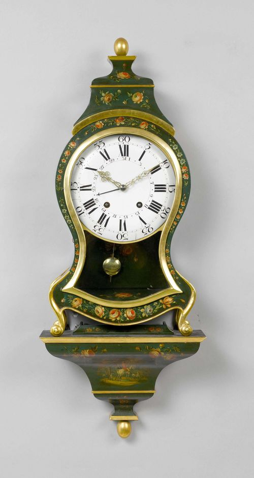 PAINTED CLOCK ON PLINTH WITH DATE,Neuchâtel, 18th century. Curved, wooden case, painted green and decorated with flowers and a hunting scene. White enamel dial. Movement with verge escapement striking the 1/2-hour on 2 bells.  Repetition on demand. H 94 cm. Plinth and top, later.