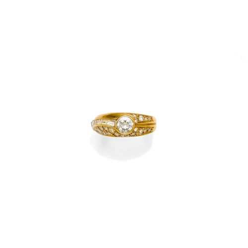 DIAMANT-GOLD-RING.