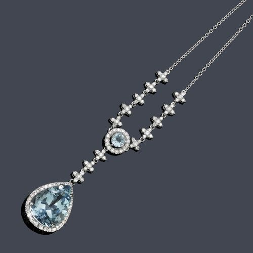 "AQUAMARINE AND DIAMOND NECKLACE. White gold 750. Classic-elegant ""Y""-shaped necklace, the front of a fine anchor chain with 1 round aquamarine within a border or diamonds and 10 diamond-set floral motifs, the lower part, 1 flexibly mounted, drop-shaped pendant with 1 aquamarine within a border of diamond. Total weight of the aquamarines ca. 11.00 ct and total weight of the diamonds ca. 1.30 ct. L ca. 41 cm."