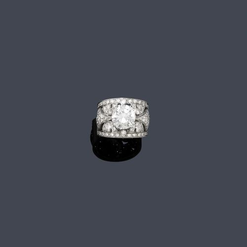 DIAMANT-RING.