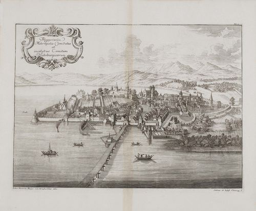 RAPPERSWIL.-Rapperswila Metropolis Comitatus... (bird's eye view). Johann Heinrich Meyer von Winterthur delin. Andreas et Joseph Schmuzer sc. Copper engraving, 32.5 x 44 cm. From: Herrgott, M., Genealogia diplomatica augustae gentis Habsburgicae (Habsburg chronicle). - Strong clear impression with margin. Browning in the vertical central fold. Overall good condition.