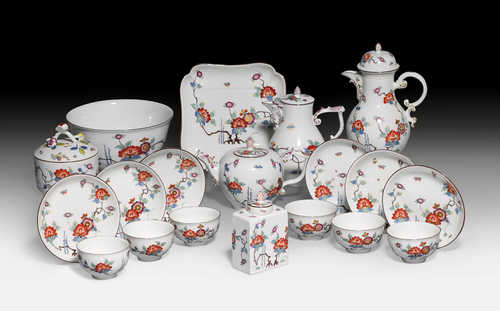 KAKIEMON' COFFEE AND TEA SERVICE,