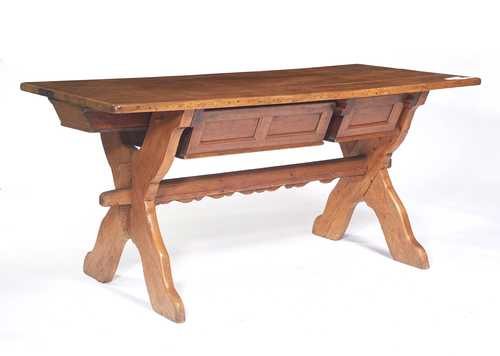 RUSTIC TABLE,