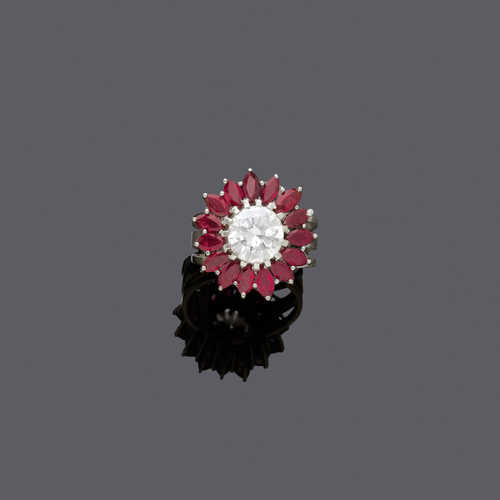 DIAMOND AND RUBY RING, ca. 1970.
