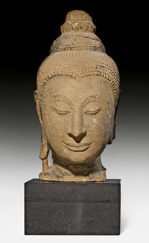 A FINE HEAD OF BUDDHA.